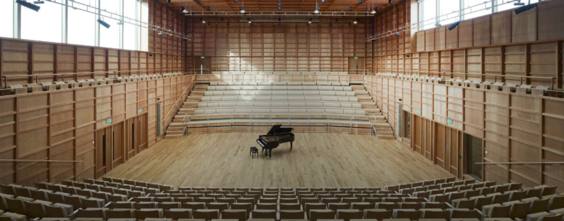 Retractable Seating University_Of_Kent